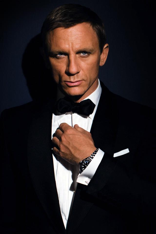 Daniel Craig James Bond Headshot