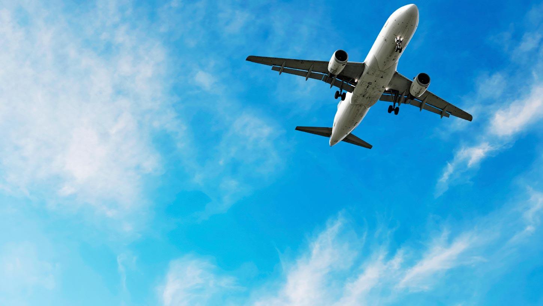 flying to destination modeling travels